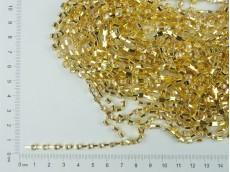 Cadena dorada con strass