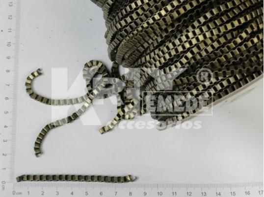 Cadena bronce de eslabones cuadrados medianos x 50 mts